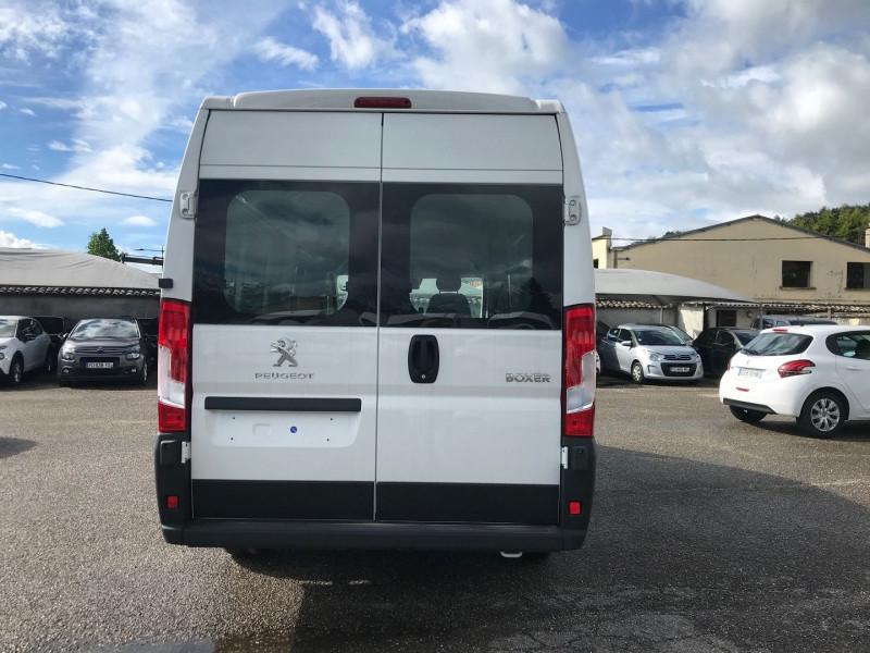 Photo 5 de l'offre de PEUGEOT BOXER FG 435 L4H2 2.2 BLUEHDI S&S 165CH VITRE PRO à 27480€ chez Brignais automobiles