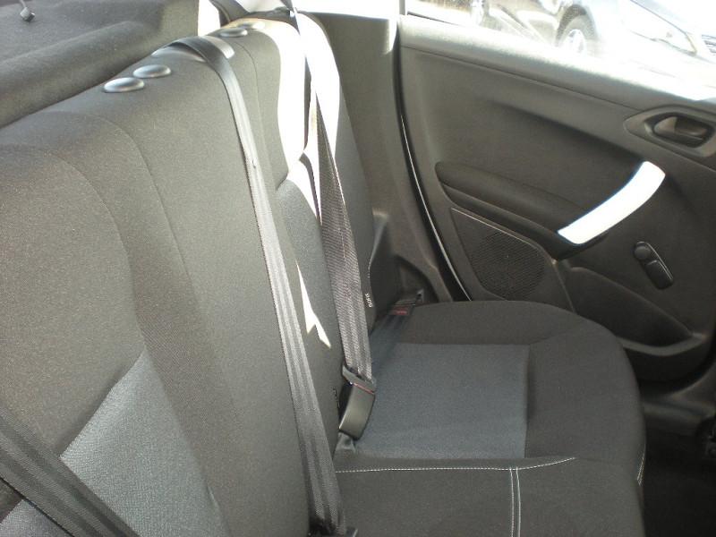 Photo 9 de l'offre de PEUGEOT 208 1.6 BLUEHDI 75CH LIKE 5P à 10900€ chez Brignais automobiles