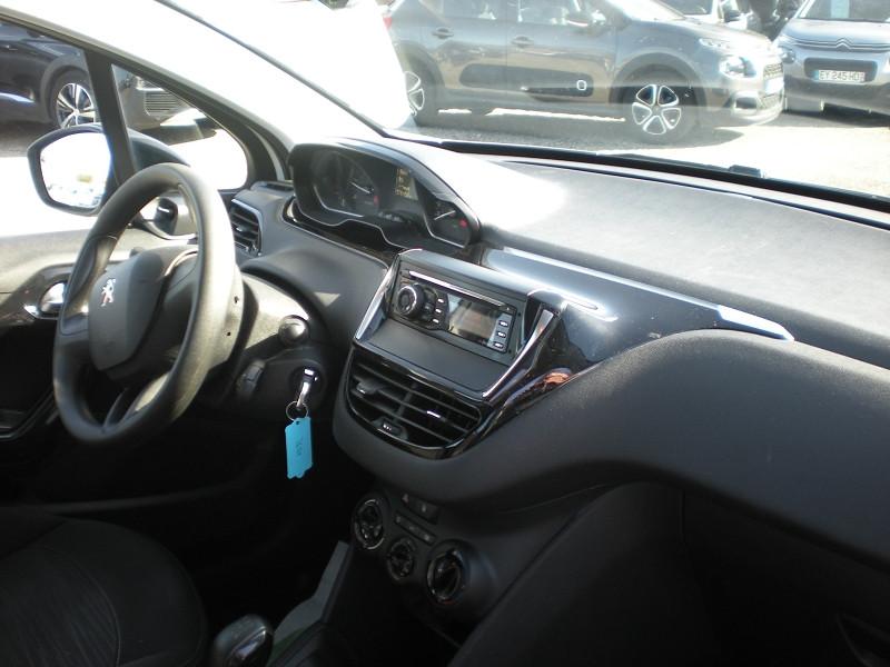 Photo 7 de l'offre de PEUGEOT 208 AFFAIRE 1.6 BLUEHDI 100CH PACK CLIM 5P à 6900€ chez Brignais automobiles