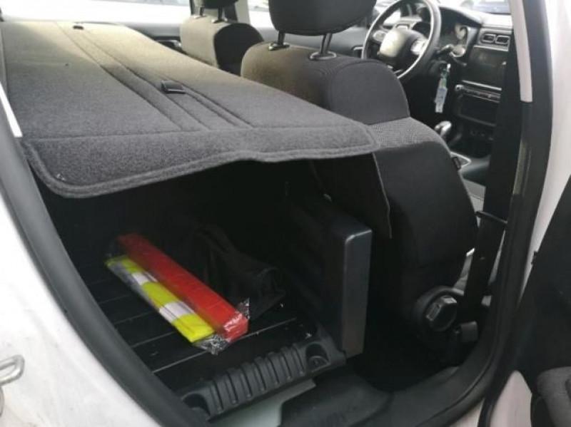 Photo 7 de l'offre de CITROEN C3 STE 1.6 BLUEHDI 75CH S&S FEEL NAV à 9480€ chez Brignais automobiles
