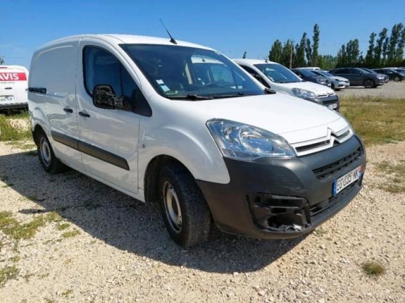 Photo 1 de l'offre de CITROEN BERLINGO M 1.6 BLUEHDI 75 BUSINESS à 9900€ chez Brignais automobiles