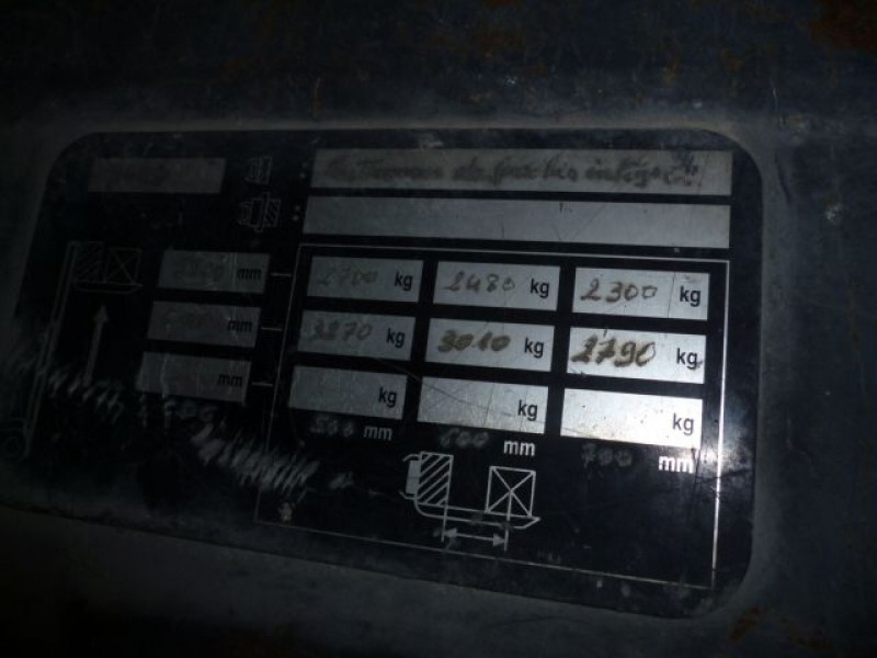 Photo 7 de l'offre de FENWICK CHARIOT FRONTAL DIESEL H40D à 14000€ chez Brignais automobiles