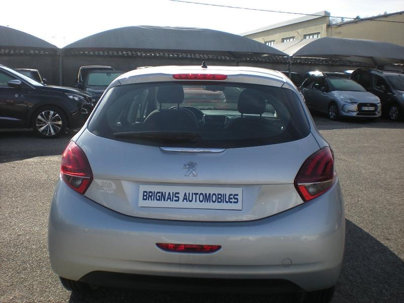 Photo 5 de l'offre de PEUGEOT 208 1.6 BLUEHDI 75CH LIKE 5P à 10900€ chez Brignais automobiles