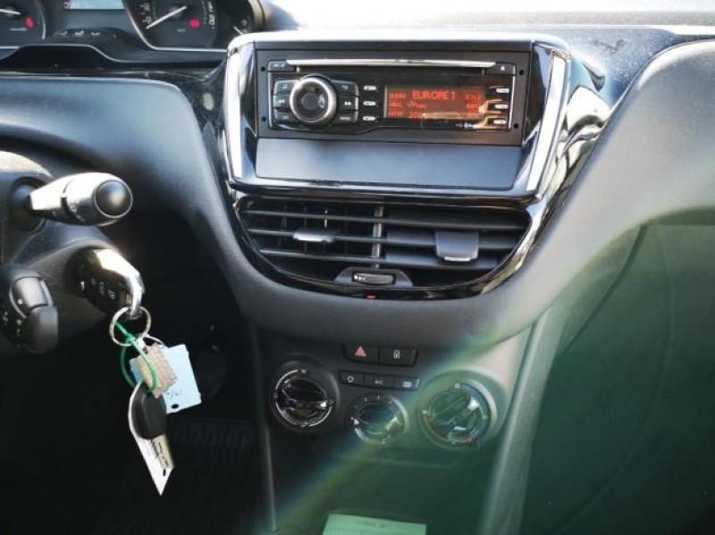 Photo 8 de l'offre de PEUGEOT 208 AFFAIRE 1.6 BLUEHDI 75CH PACK CLIM 5P à 7900€ chez Brignais automobiles