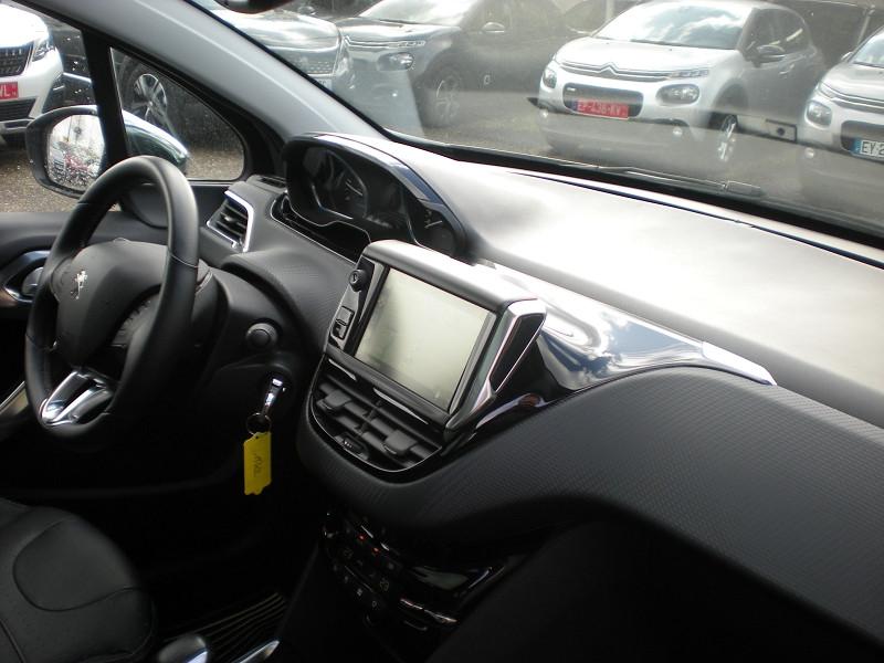 Photo 7 de l'offre de PEUGEOT 2008 1.6 BLUEHDI 100CH FELINE TITANE à 15900€ chez Brignais automobiles