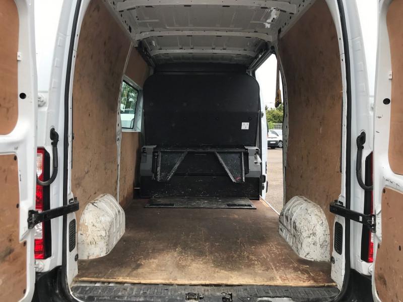 Photo 12 de l'offre de RENAULT MASTER III FG F3500 L2H2 2.3 DCI 110CH CABINE APPROFONDIE GRAND CONFORT EURO6 à 15900€ chez Brignais automobiles