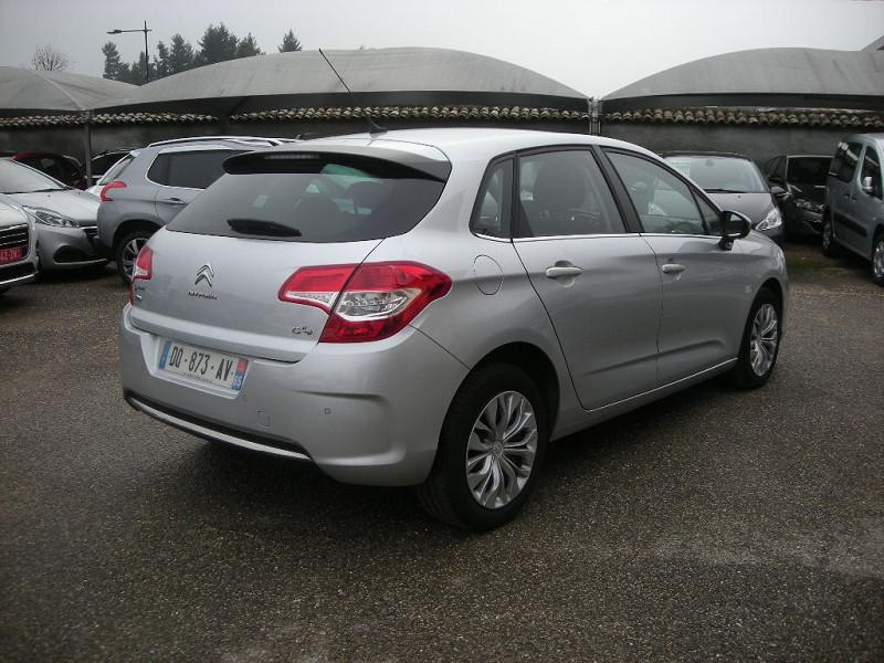 Photo 6 de l'offre de CITROEN C4 STE 1.6 E-HDI 115 FAP BUSINESS ETG6 à 10900€ chez Brignais automobiles