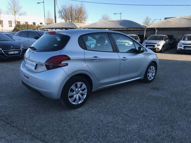Photo 6 de l'offre de PEUGEOT 208 1.6 BLUEHDI 75CH ACTIVE 5P à 11900€ chez Brignais automobiles