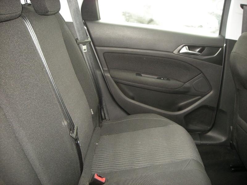 Photo 9 de l'offre de PEUGEOT 308 SW 1.6 HDI FAP 92CH ACTIVE à 12500€ chez Brignais automobiles