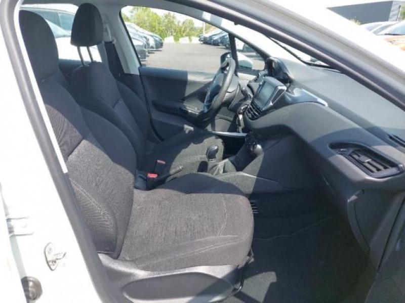 Photo 6 de l'offre de PEUGEOT 208 AFFAIRE 1.6 BLUEHDI 100CH PREMIUM PACK à 6500€ chez Brignais automobiles
