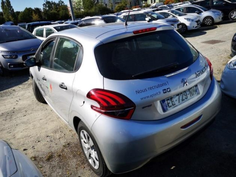 Photo 3 de l'offre de PEUGEOT 208 AFFAIRE 1.6 BLUEHDI 75CH PACK CLIM 5P à 7900€ chez Brignais automobiles