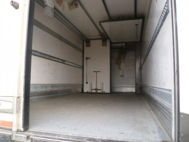 Photo 5 de l'offre de DAF FA LF 55.220 E15 CAISSE FRIGO BI-TEMPERATURE + HAYON à 23400€ chez Brignais automobiles