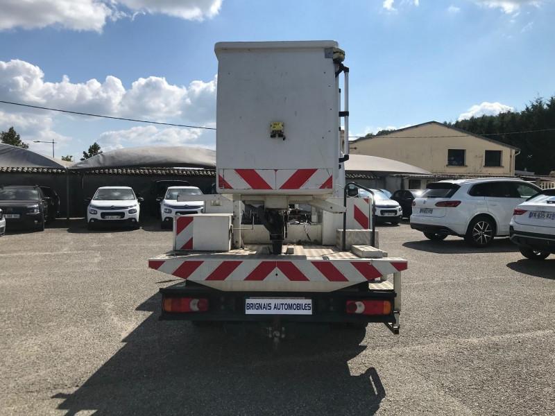 Photo 5 de l'offre de RENAULT TRUCKS MAXITY CCB 110 35 +  NACELLE COMILEV 100 à 27480€ chez Brignais automobiles