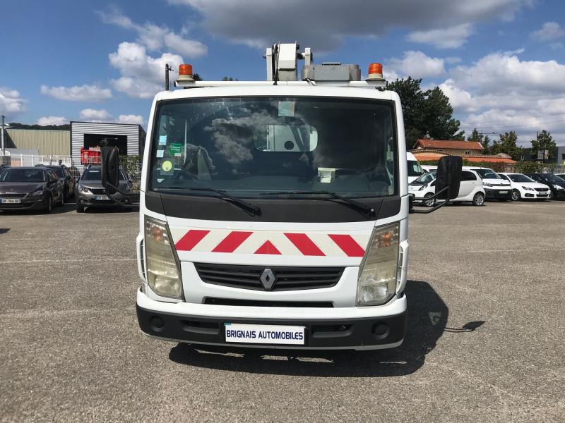 Photo 2 de l'offre de RENAULT TRUCKS MAXITY CCB 110 35 +  NACELLE COMILEV 100 à 27480€ chez Brignais automobiles