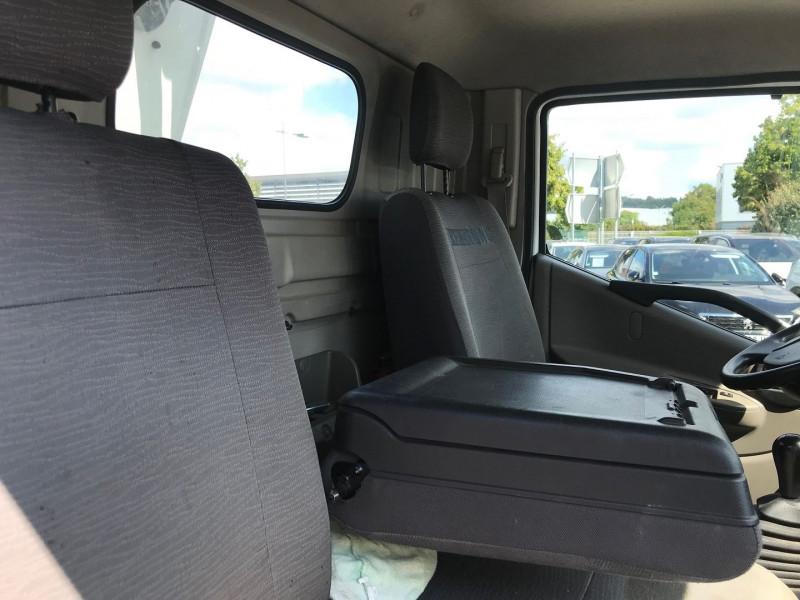 Photo 8 de l'offre de RENAULT TRUCKS MAXITY CCB 110 35 +  NACELLE COMILEV 100 à 27480€ chez Brignais automobiles