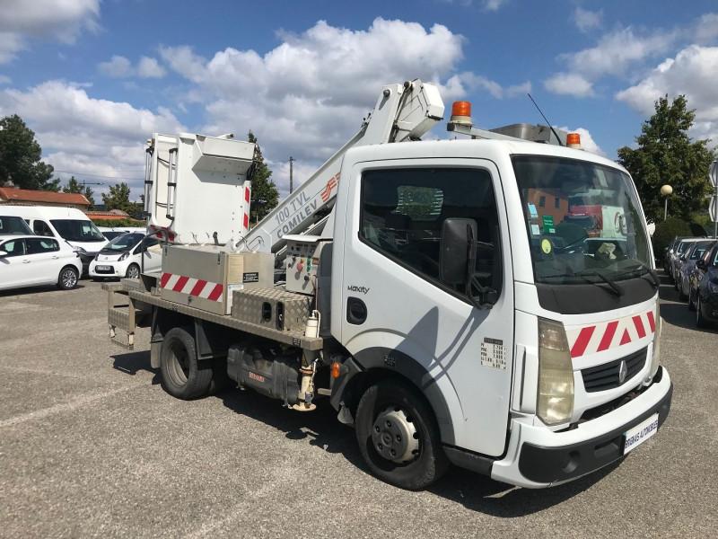 Renault Trucks MAXITY CCB 110 35 +  NACELLE COMILEV 100 Diesel BLANC Occasion à vendre