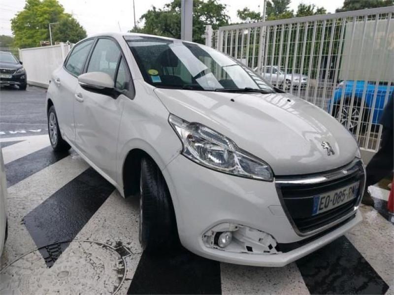 Photo 2 de l'offre de PEUGEOT 208 AFFAIRE 1.6 BLUEHDI 75CH PREMIUM PACK à 8400€ chez Brignais automobiles