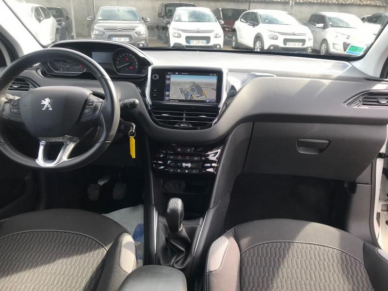 Photo 10 de l'offre de PEUGEOT 208 BUSINESS R 1.6 BLUEHDI 100 S&S 5P à 8400€ chez Brignais automobiles