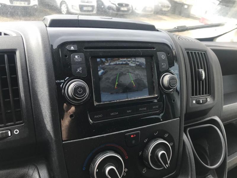 Photo 12 de l'offre de PEUGEOT BOXER FG 333 L2H2  2.0 BLUEHDI 130 CAB APPROF PREMIUM PACK à 15900€ chez Brignais automobiles