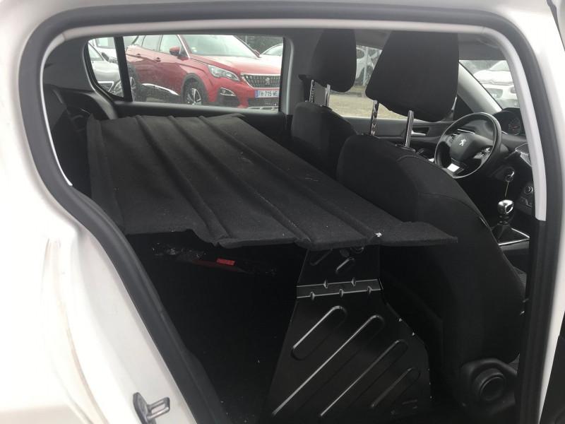 Photo 9 de l'offre de PEUGEOT 308 AFFAIRE 1.5 BLUEHDI 100CH S&S PREMIUM PACK à 13900€ chez Brignais automobiles