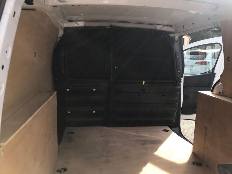 Photo 10 de l'offre de CITROEN BERLINGO M 1.6 BLUEHDI 100 S&S BUSINESS à 11400€ chez Brignais automobiles