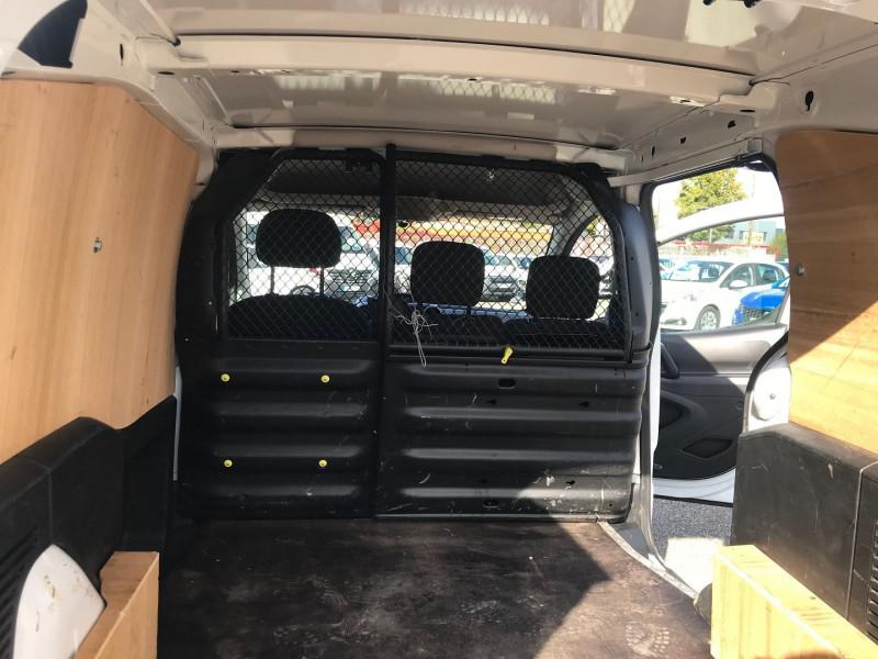 Photo 10 de l'offre de CITROEN BERLINGO M 1.6 BLUEHDI 100 CLUB à 15400€ chez Brignais automobiles
