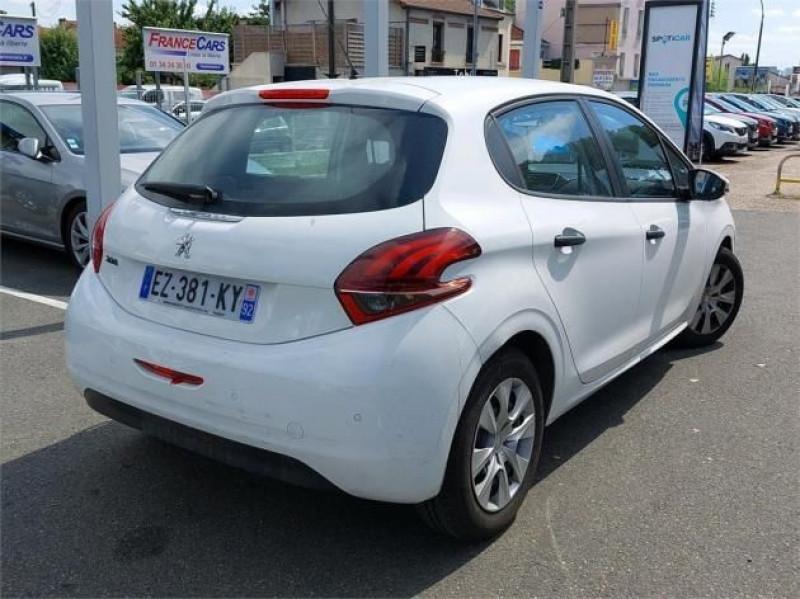 Photo 4 de l'offre de PEUGEOT 208 AFFAIRE 1.6 BLUEHDI 75CH PREMIUM à 9900€ chez Brignais automobiles