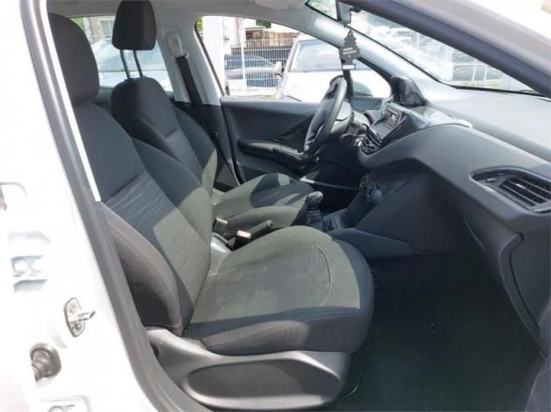 Photo 5 de l'offre de PEUGEOT 208 AFFAIRE 1.6 BLUEHDI 75CH PREMIUM à 9900€ chez Brignais automobiles