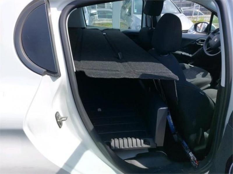 Photo 7 de l'offre de PEUGEOT 208 AFFAIRE 1.6 BLUEHDI 75CH PREMIUM à 9900€ chez Brignais automobiles