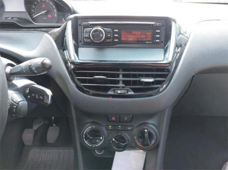 Photo 8 de l'offre de PEUGEOT 208 AFFAIRE 1.6 BLUEHDI 75CH PREMIUM à 9900€ chez Brignais automobiles