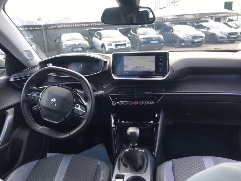 Photo 10 de l'offre de PEUGEOT 2008 1.2 PURETECH 100CH S&S ALLURE 122G à 22990€ chez Brignais automobiles