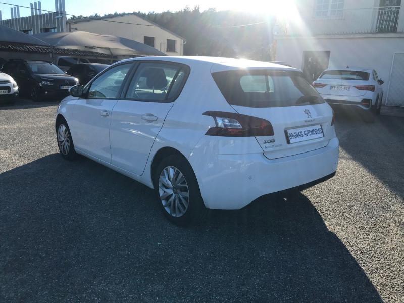 Photo 4 de l'offre de PEUGEOT 308 AFFAIRE 1.6 BLUEHDI 100CH S&S PREMIUM PACK à 13900€ chez Brignais automobiles