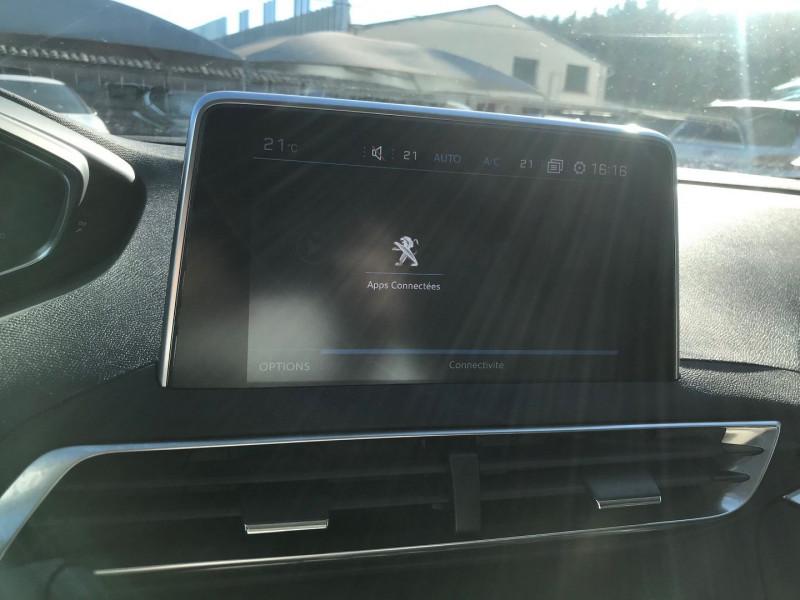Photo 11 de l'offre de PEUGEOT 3008 1.5 BLUEHDI 130CH E6.C ACTIVE BUSINESS S&S EAT8 à 23900€ chez Brignais automobiles