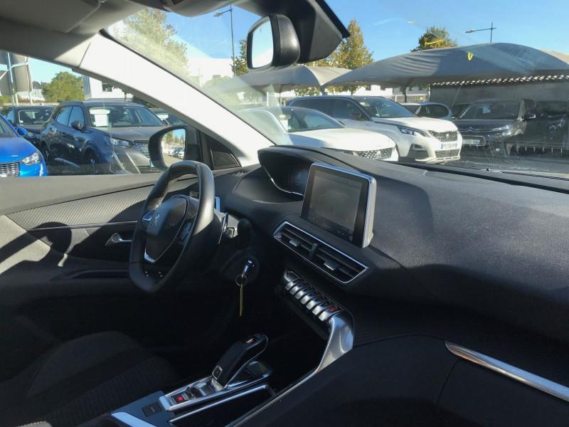 Photo 7 de l'offre de PEUGEOT 3008 1.5 BLUEHDI 130CH E6.C ACTIVE BUSINESS S&S EAT8 à 23900€ chez Brignais automobiles