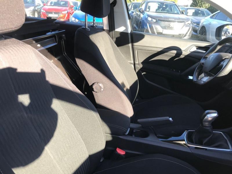 Photo 8 de l'offre de PEUGEOT 308 AFFAIRE 1.6 BLUEHDI 100CH S&S PREMIUM PACK à 13900€ chez Brignais automobiles