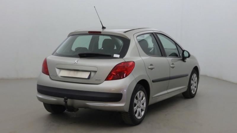 Photo 3 de l'offre de PEUGEOT 207 1.6 HDI90 URBAN 5P à 4200€ chez JD Contact Automobiles