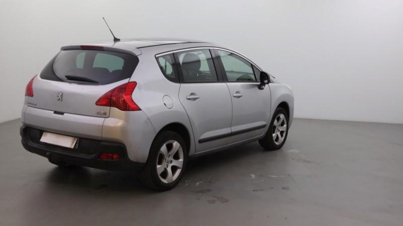 Photo 3 de l'offre de PEUGEOT 3008 1.6 HDI112 FAP PREMIUM PACK à 5500€ chez JD Contact Automobiles