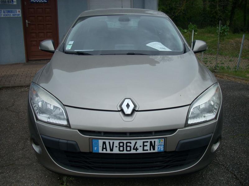 Renault MEGANE III 1.5 DCI 85CH CARMINAT TOMTOM ECO² Diesel BEIGE Occasion à vendre