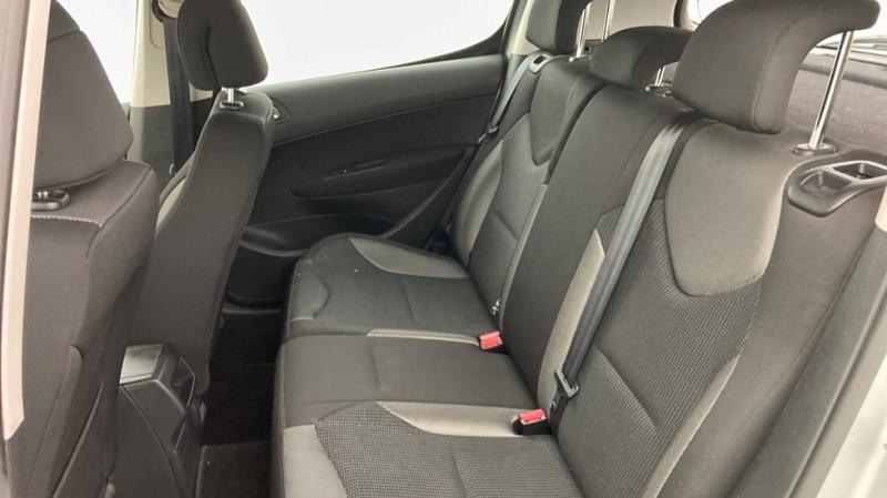 Photo 7 de l'offre de PEUGEOT 308 1.6 HDI110 FAP PREMIUM PACK 5P à 4500€ chez JD Contact Automobiles