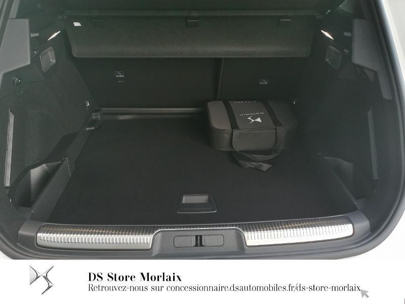 Photo 6 de l'offre de DS DS 7 Crossback E-TENSE 4x4 300ch Performance Line + à 64990€ chez DS Store Morlaix