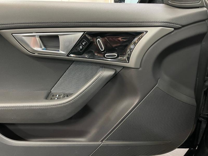 Photo 11 de l'offre de JAGUAR F-TYPE CABRIOLET 3.0 V6 340CH BVA8 24CV à 43990€ chez LTA Trading