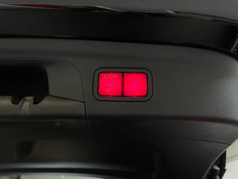 Photo 16 de l'offre de MERCEDES-BENZ GLE 300 D 245CH AMG LINE 4MATIC 9G-TRONIC à 68990€ chez LTA Trading