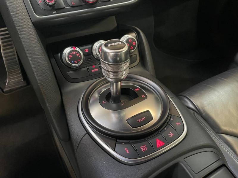 Photo 10 de l'offre de AUDI R8 4.2 V8 FSI 420CH R TRONIC 6 à 49990€ chez LTA Trading