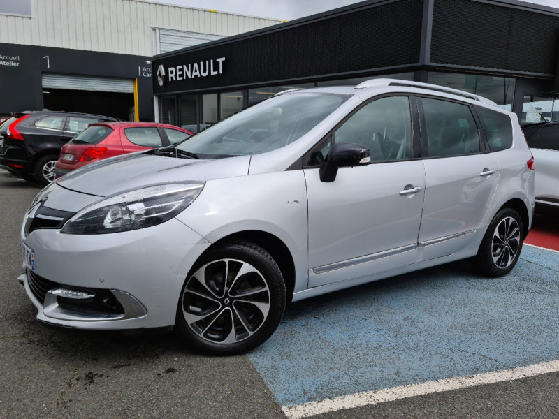 Renault GRAND SCENIC III 1.5 DCI 110CH ENERGY BOSE ECO² EURO6 5 PLACES 2015 Diesel GRIS C Occasion à vendre