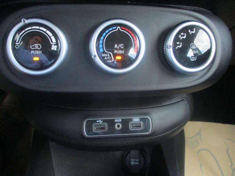 Photo 4 de l'offre de FIAT 500X 1.6 MULTIJET 120CH CITY CROSS à 13990€ chez JTA RENAULT JOUE LES TOURS