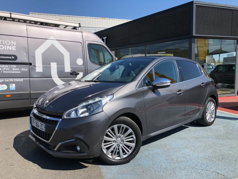 Peugeot 208 1.2 PURETECH 82CH E6.2 EVAP ALLURE 5P Essence GRIS F Occasion à vendre