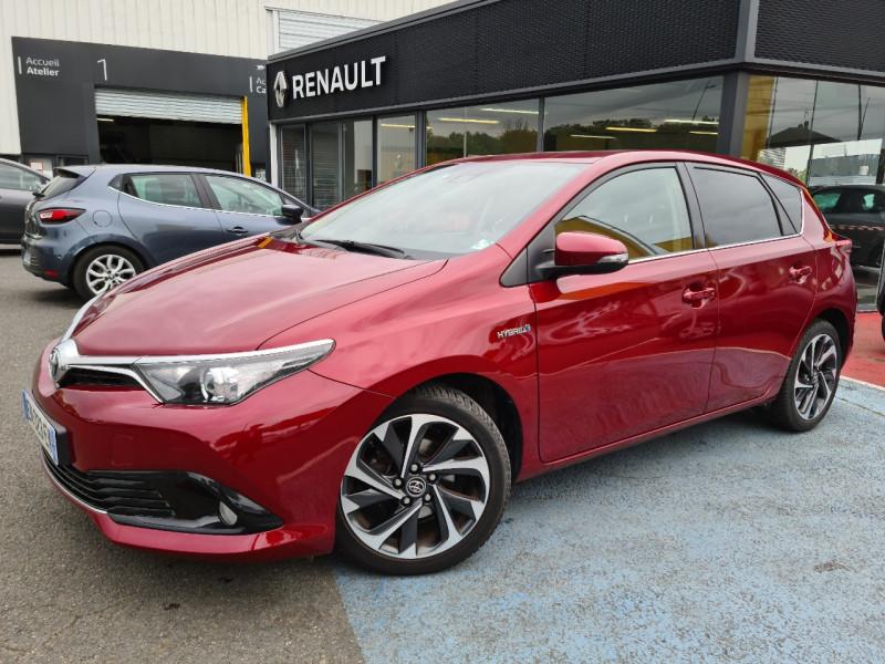 Toyota AURIS HSD 136H DESIGN BUSINESS Hybride ROUGE Occasion à vendre