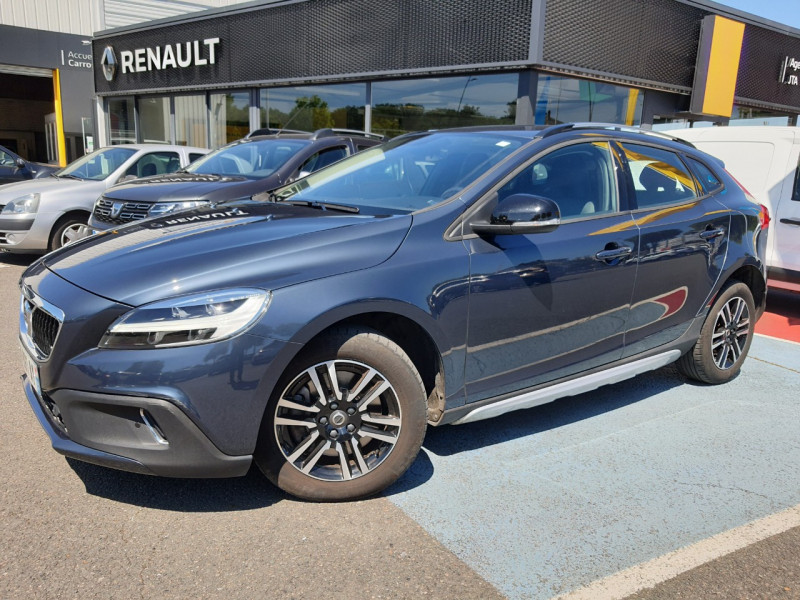 Volvo V40 CROSS COUNTRY D2 120CH MOMENTUM BUSINESS GEARTRONIC Diesel BLEU F Occasion à vendre