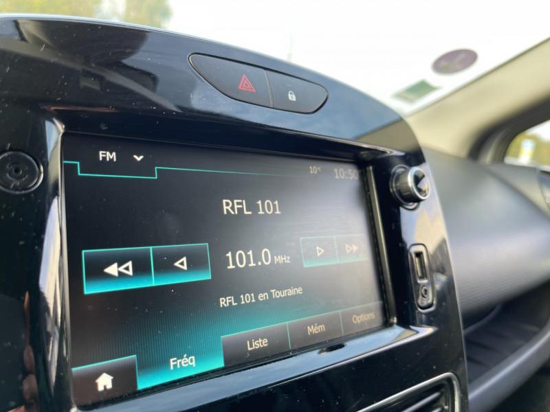 Photo 12 de l'offre de RENAULT CLIO IV 0.9 TCE 90CH ENERGY INTENS 5P EURO6C à 12490€ chez JTA RENAULT JOUE LES TOURS