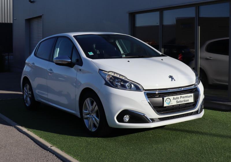 Peugeot 208 1.2 82 STYLE Clim, BT, Garantie 6 mois Essence BLANC Occasion à vendre